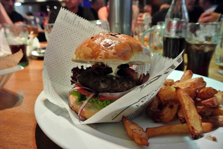 2014 05 25 39 prague beer factory burger