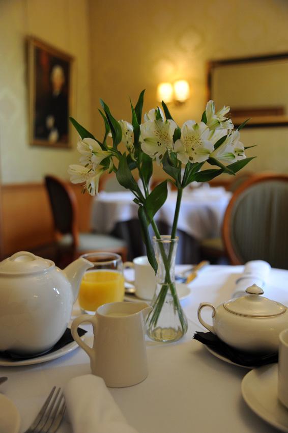 2015 05 18 willington hall breakfast 01